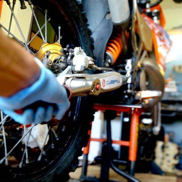 10 consigli su come preparare la moto per le gare enduro e cross